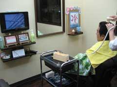 マイクロスコープによる頭皮診断、カウンセリングを行います。